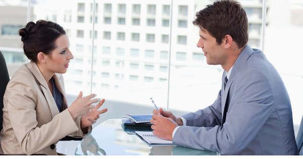 Cách lắng nghe khách hàng hiệu quả